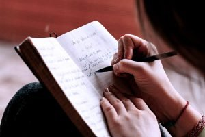 Best 11 Journaling Prompts for Healing and Self Discovery